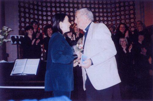 2004 Blodau i Mair